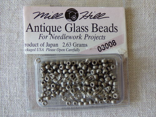 Perle Mill Hill Antique  Glass  Beads 03008