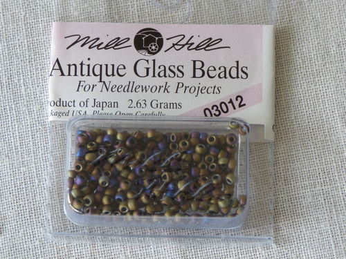 Perle Mill Hill Antique  Glass  Beads 03012
