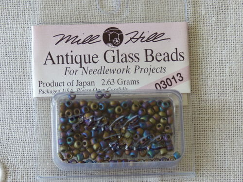Perle Mill Hill Antique  Glass  Beads 03013