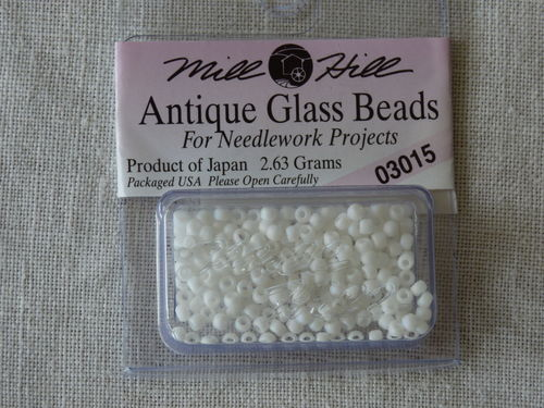 Perle Mill Hill Antique  Glass  Beads 03015
