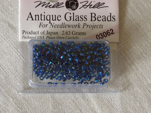 Perle Mill Hill Antique  Glass  Beads 03062