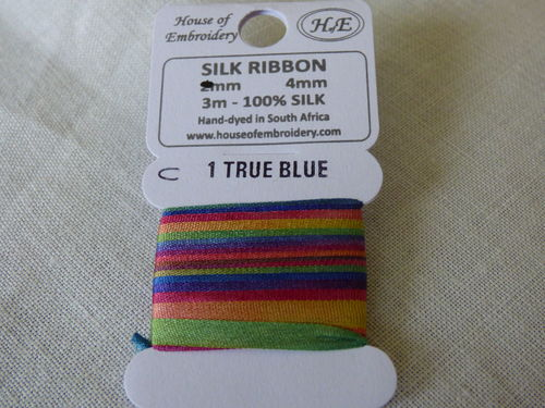 Ruban de soie 4mm House of Embroidery col 1 C TRUE BLUE