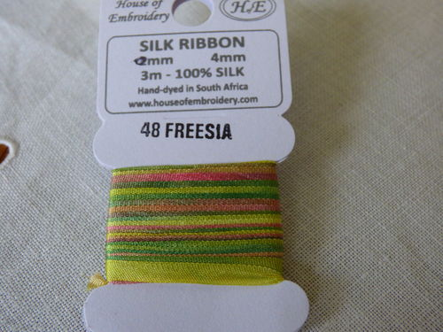Ruban de soie 4mm House of Embroidery col 48 FREESIA