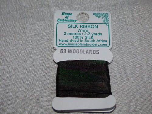 Ruban de soie 7mm House of Embroidery col 69 WOODLANDS