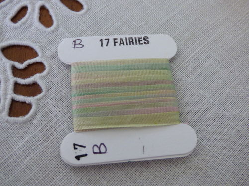 Ruban de soie 2mm House of Embroidery col 17B FAIRIES