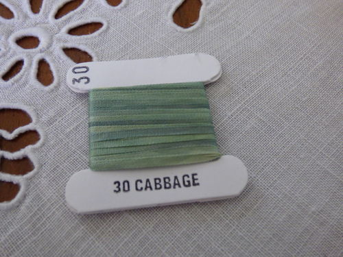 Ruban de soie 2mm House of Embroidery col 30 Cabbage